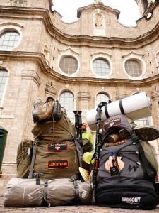 Innsbruck - Szent Jakab templom. A képen elrejtettünk egy vándort. Ki találja meg?