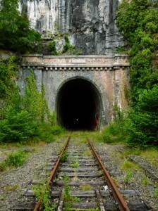 Elhagyott vasúti alagút 1883-ból